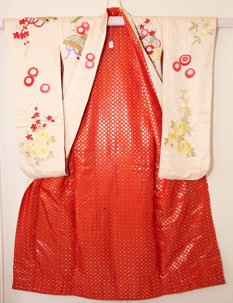 Vintage Silk Brocade Japanese Wedding Kimono For Sale 11