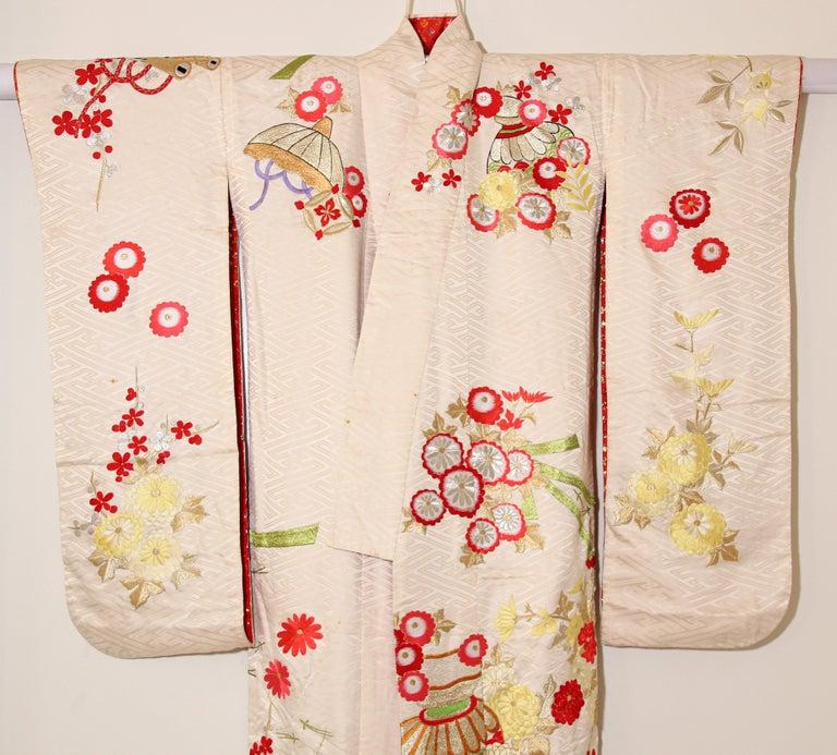 Vintage Silk Brocade Japanese Wedding Kimono For Sale 14