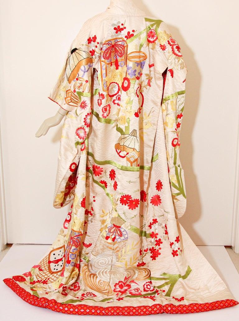 Embroidered Vintage Silk Brocade Japanese Wedding Kimono For Sale