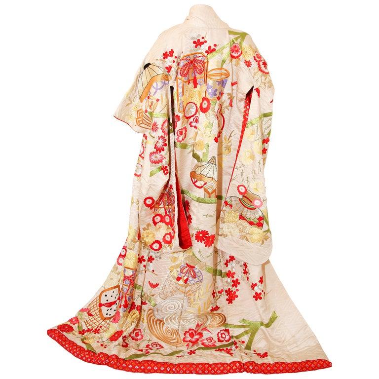 Vintage Silk Brocade Japanese Wedding Kimono For Sale
