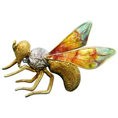 Vintage Single Cut Diamonds Enamel Wasp Yellow White Gold Brooch