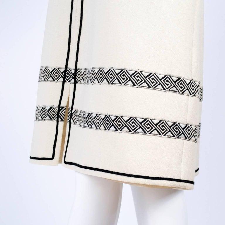 Vintage Skirt & Vest Suit in Ivory Wool Crepe W/ Black Trim & Tassel Belt France For Sale 3
