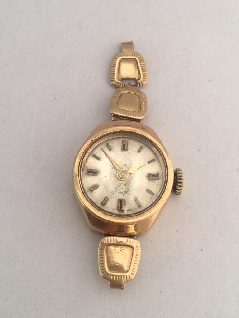 Vintage Small 1960s 9 Karat Gold Mechanical Ladies Watch For Sale 9