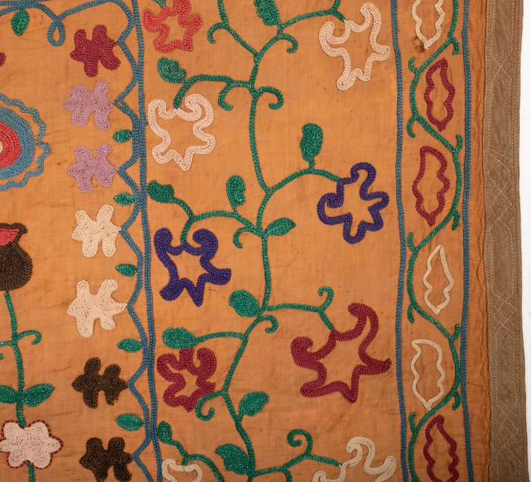 Vintage Small Suzani, Samarkand, Uzbekistan, 1970s In Fair Condition For Sale In Istanbul, TR
