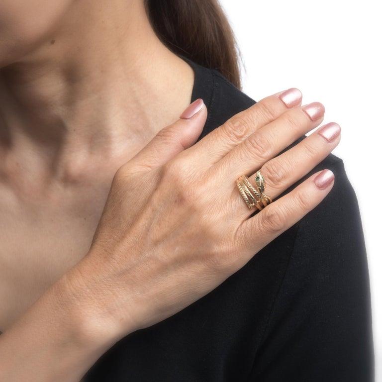 Women's Vintage Snake Ring 14 Karat Yellow Gold Emerald Eyes Alternative Wedding Band For Sale