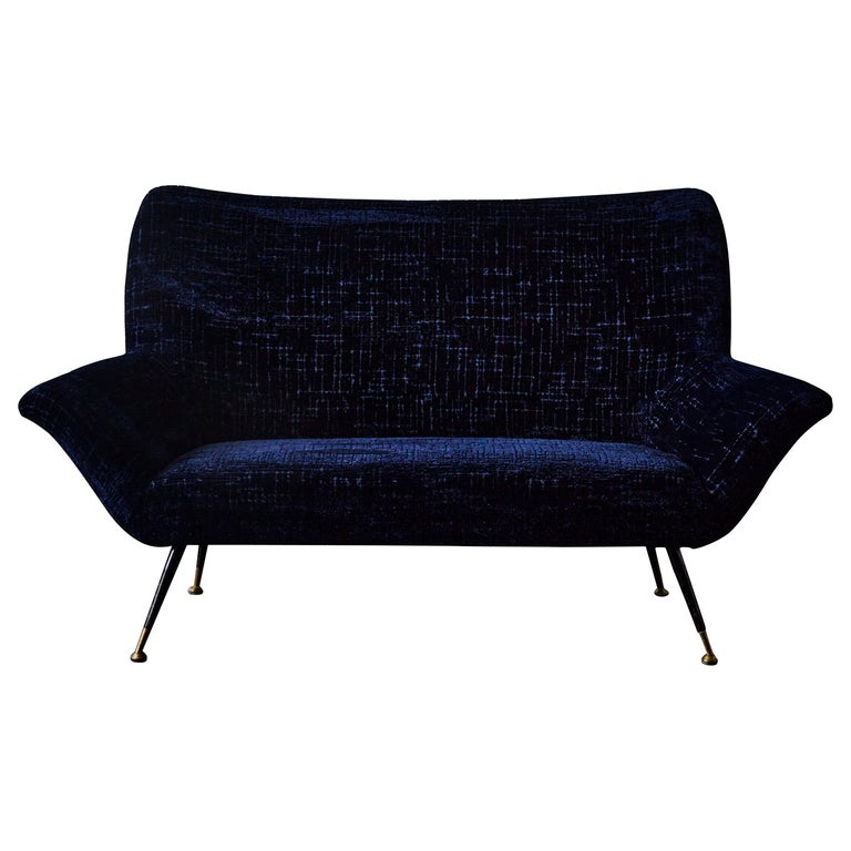 Vintage Sofa at Cost Price For Sale