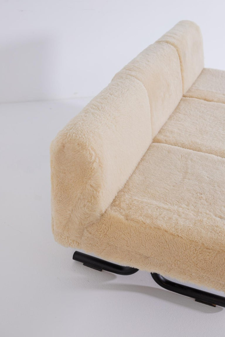Vintage Sofa by Osvaldo Borsani for Tecno, Original Label, 1960s For Sale 6