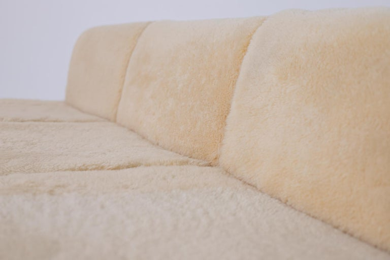 Iron Vintage Sofa by Osvaldo Borsani for Tecno, Original Label, 1960s For Sale