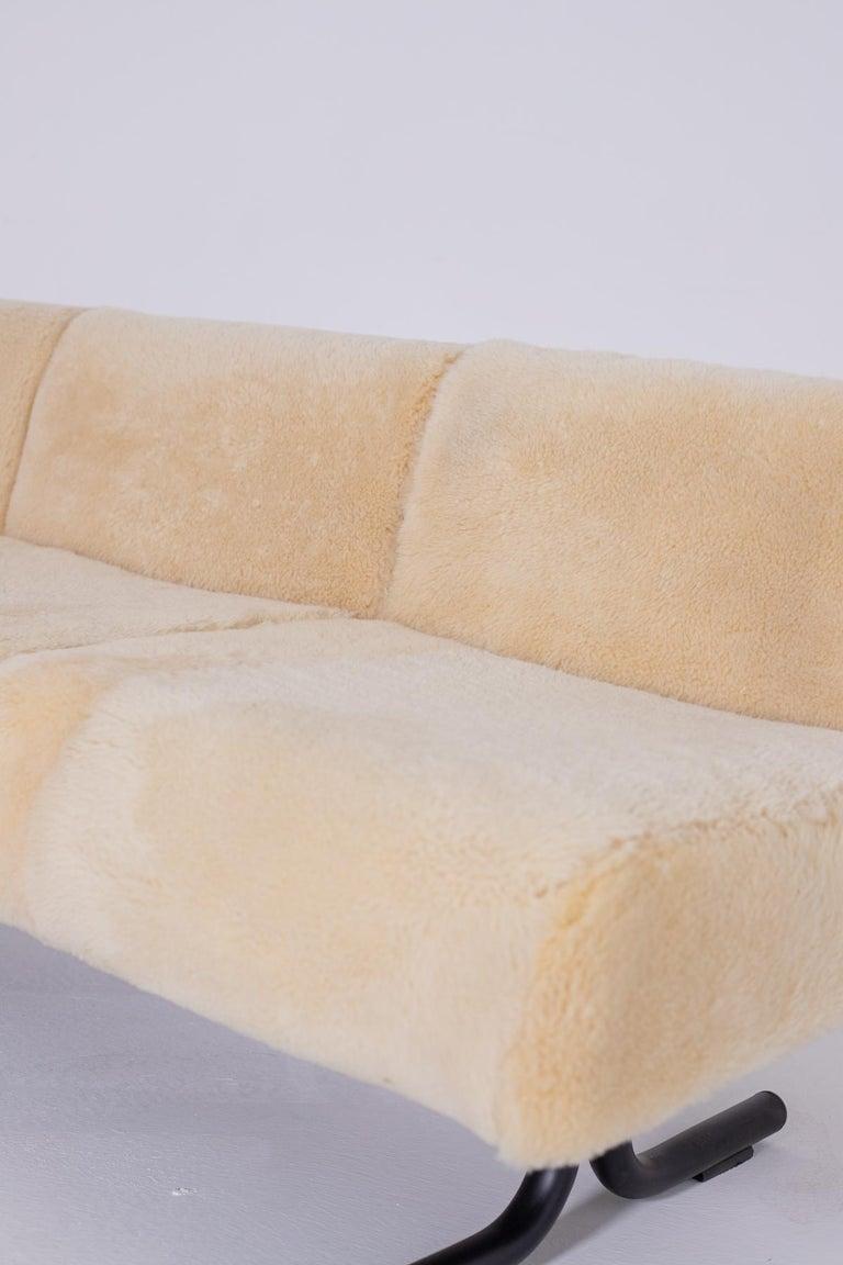 Vintage Sofa by Osvaldo Borsani for Tecno, Original Label, 1960s For Sale 2