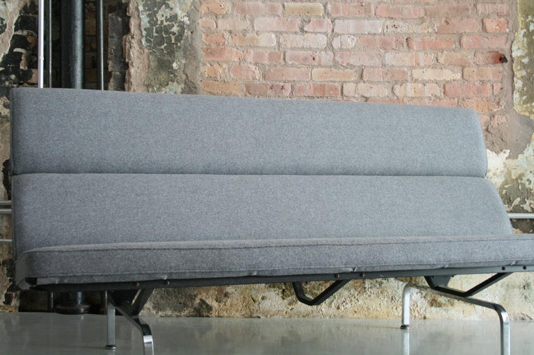 Late 20th Century Vintage Sofa Compact by Eames for Herman Miller, 1970s For Sale