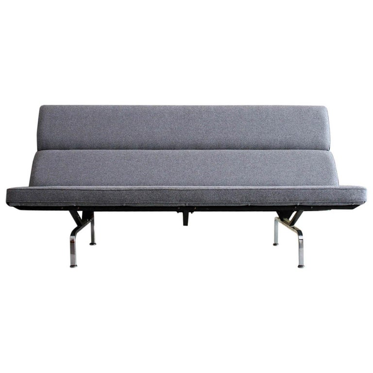 Vintage Sofa Compact by Eames for Herman Miller, 1970s For Sale