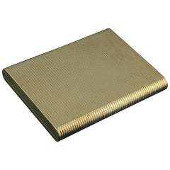 Cartier Solid 9-Karat Yellow Gold Compact / Vanity Box with Mirror, London, 1959