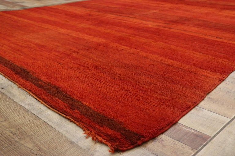 20th Century Vintage Solid Red Beni Mrirt Carpet, Berber Moroccan Rug with Postmodern Style For Sale