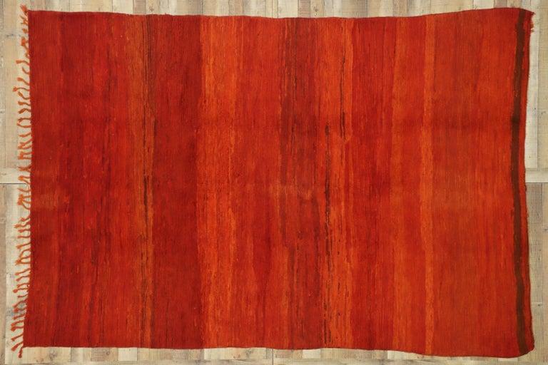 Vintage Solid Red Beni Mrirt Carpet, Berber Moroccan Rug with Postmodern Style For Sale 1