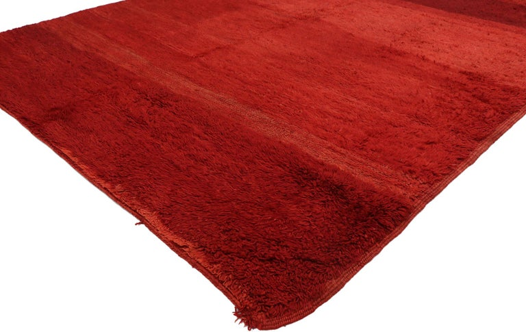 20951, vintage solid red Beni Mrirt Moroccan rug, Berber Shag rug with abstract style. Featuring a luminous fiery glow, rich waves of abrash, and luxury underfoot, this hand knotted wool vintage Moroccan red Beni Mrirt rug draws inspiration from