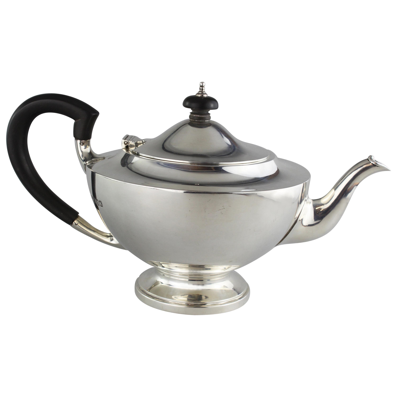 Vintage Solid Silver Tea Pot by Edward Barnard & Sons Ltd, 1945