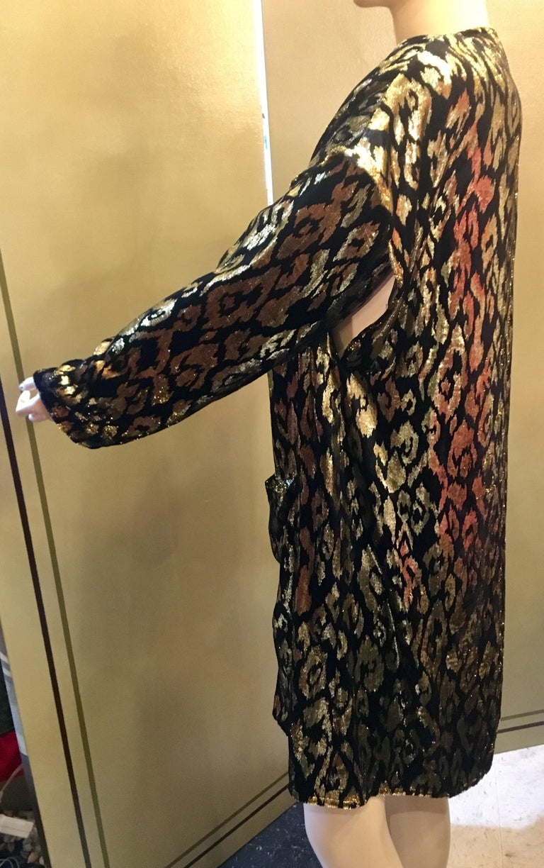 1980's Sonia Rykiel France Evening Wear Lightweight Silk Velvet Lame Duster  In Excellent Condition For Sale In Tustin, CA