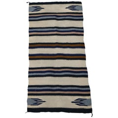Vintage Southwestern Navajo Style Indian Rug with Stylized Feathers, circa 1930