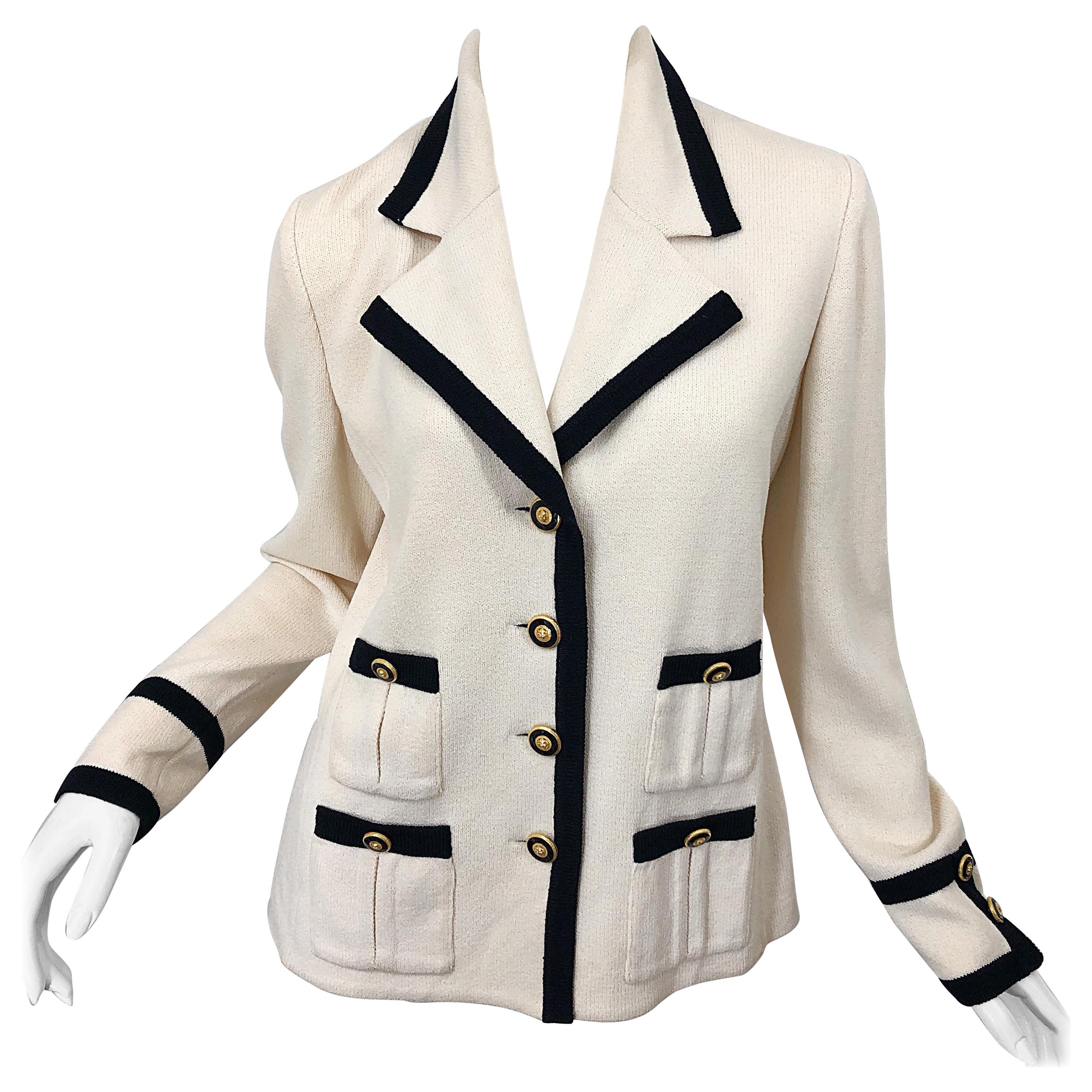 Vintage St John Size 6 / 8 Ivory and Black 1990s Santana Knit 90s Blazer Jacket