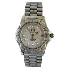Vintage Stainless Steel Battery Operated TAG Heuer Professional 200 Meters