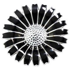 Vintage Sterling 925 Silver and Black Enamel Daisy Flower Brooch