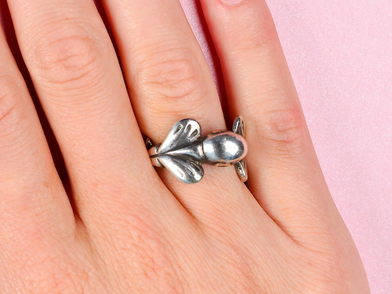 Women's or Men's Vintage Sterling Silver Mosheh Oved Pigeon Ring  For Sale