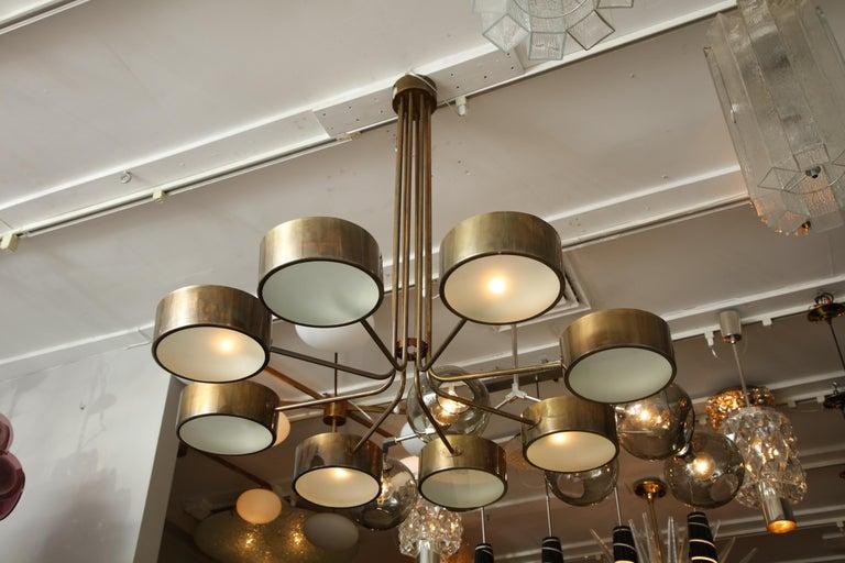 Mid-Century Modern Vintage Stilnovo 8-Light Brass Chandelier For Sale