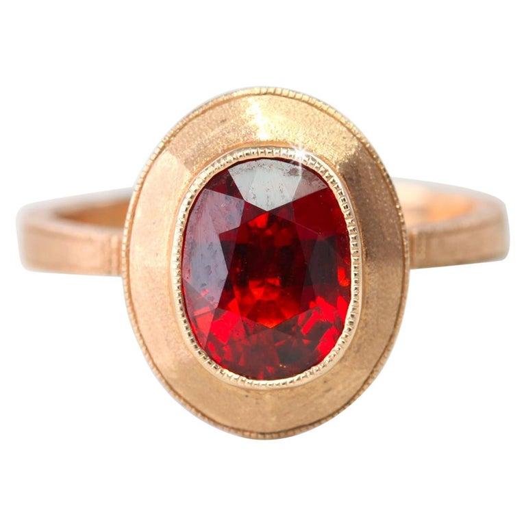 Vintage Style 2.57 Carat Oval Garnet Gemstone Ring For Sale