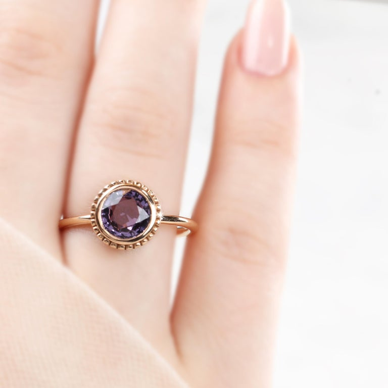 Art Nouveau Vintage Style Purple Spinal Dainty Ring For Sale