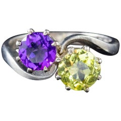 Vintage Suffragette Amethyst Peridot Ring 18 Carat White Gold Dated 1976