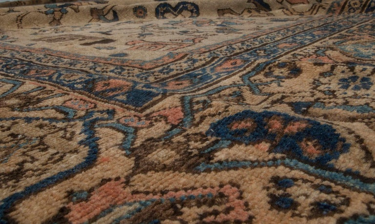 Hand-Woven Vintage Sultanabad Beige and Blue Wool Rug For Sale