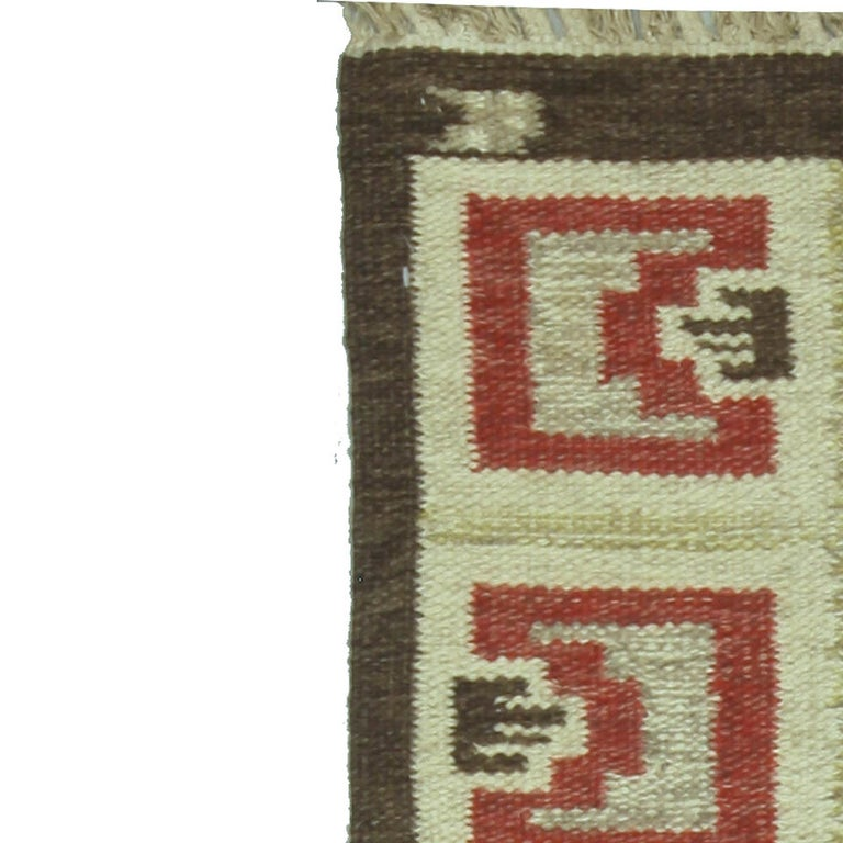 Vintage Swedish Brown Rug In Good Condition For Sale In New York, NY
