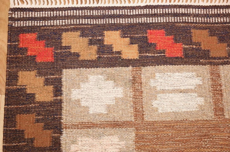 Scandinavian Modern Vintage Swedish Kilim by Ana Joanna Angstrom. Size: 4 ft 8 in x 6 ft 7 in  For Sale