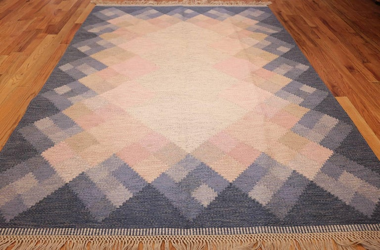 Scandinavian Modern Vintage Swedish Kilim by Britta Swefors. Size: 6 ft 6 in x 9 ft 3 in  For Sale