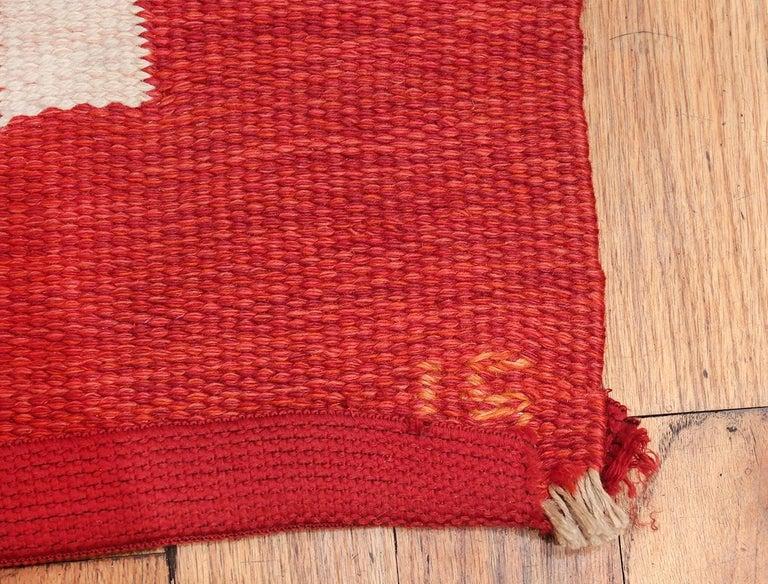 Wool Vintage Swedish Kilim by Ingegerd Silow. Size: 6 ft 4 in x 9 ft For Sale