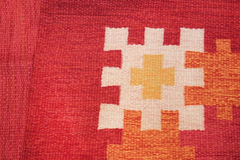 Vintage Swedish Kilim by Ingegerd Silow. Size: 6 ft 4 in x 9 ft For Sale 1