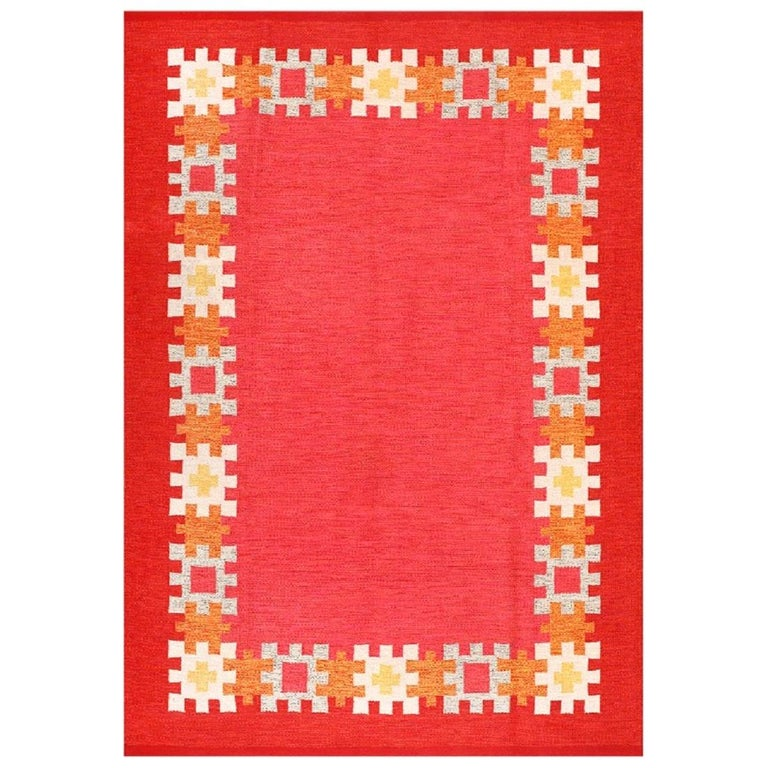 Vintage Swedish Kilim by Ingegerd Silow. Size: 6 ft 4 in x 9 ft For Sale