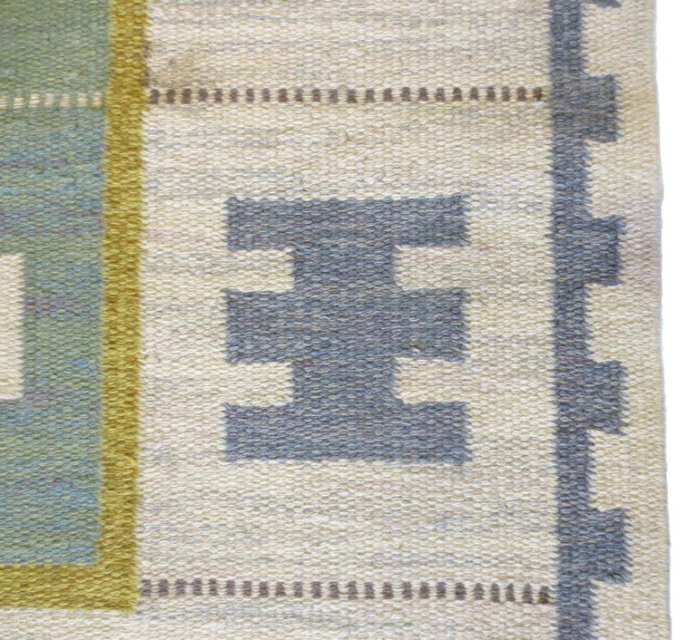Scandinavian Modern Vintage Swedish Kilim Rug, circa Mid-20th Century For Sale