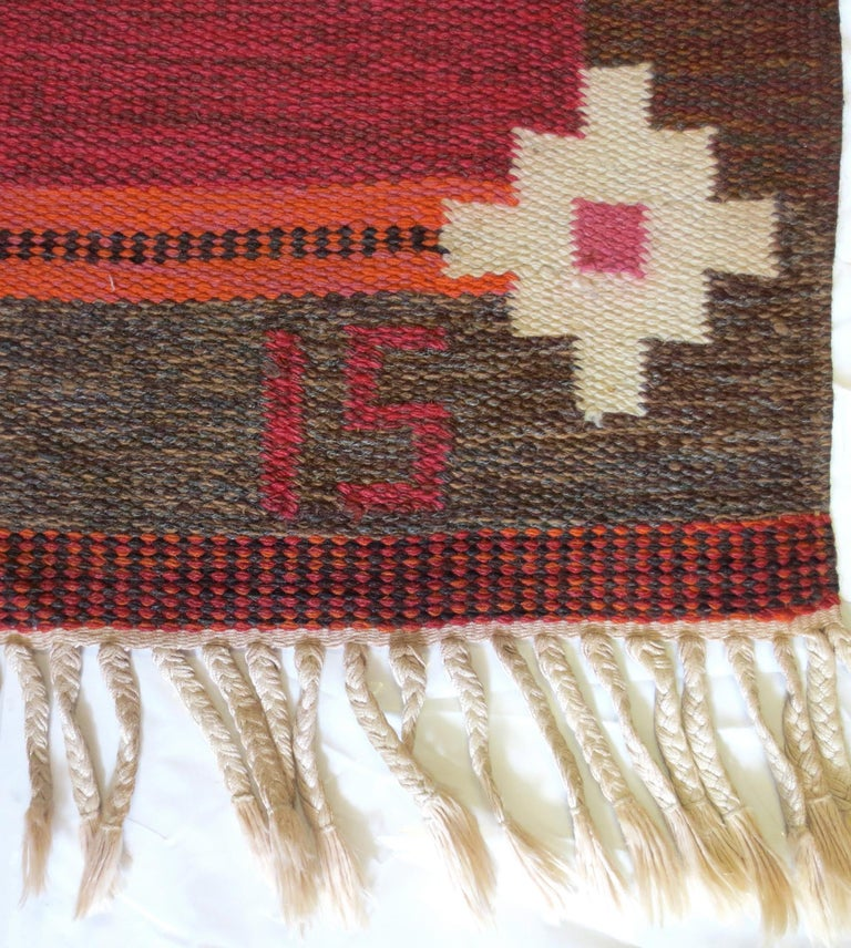 Hand-Woven Vintage Swedish Kilim Rug, circa Mid-20th Century For Sale