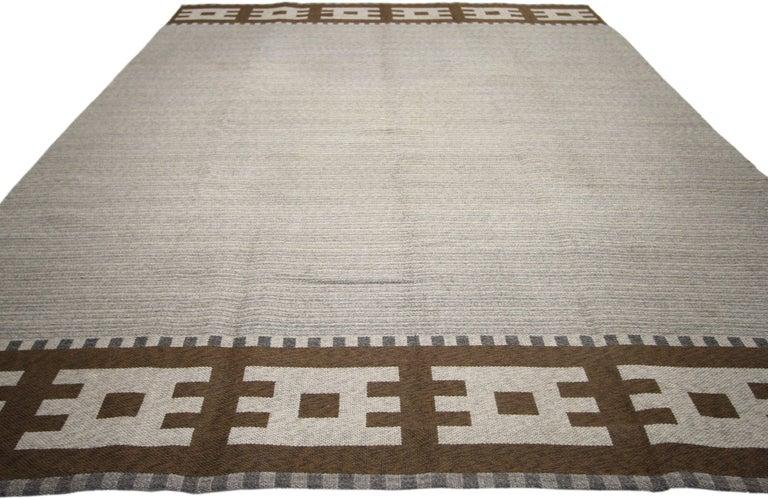 Wool Vintage Swedish Kilim Rug with Scandinavian Modern Style For Sale