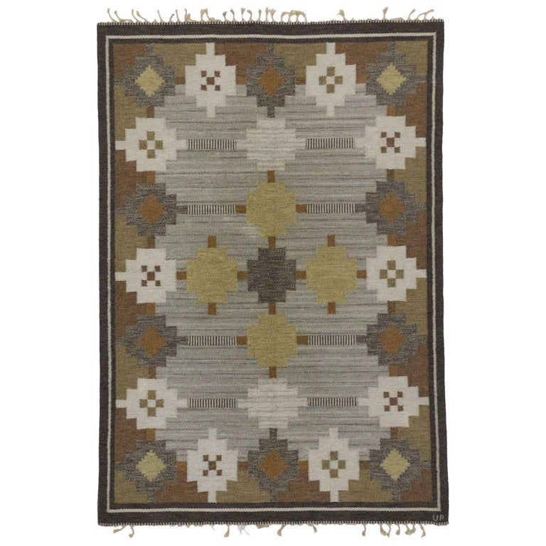 Vintage Swedish Kilim Rug with Scandinavian Modern Style For Sale