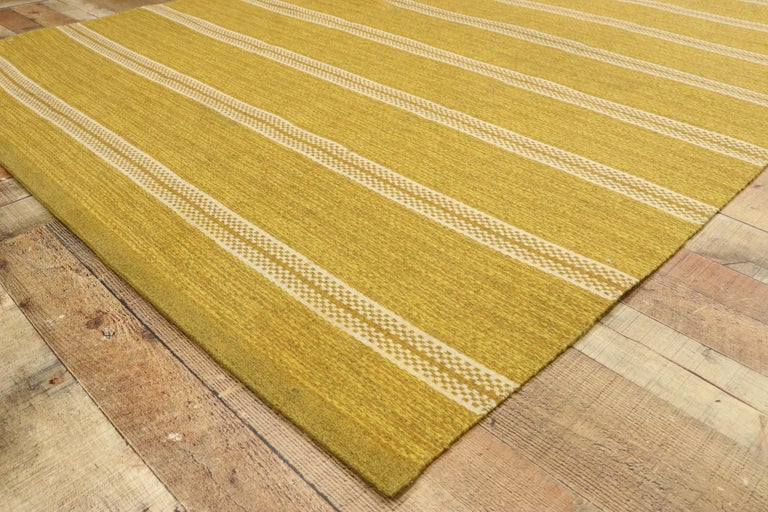 Wool Vintage Swedish Kilim Rug with Scandinavian Modern Style, Rollakan Rug For Sale