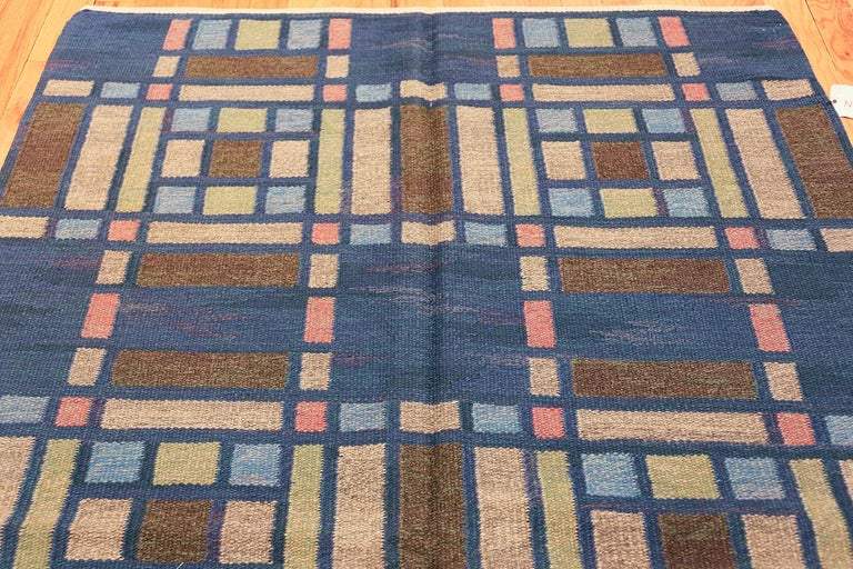 Hand-Woven Vintage Swedish Rug For Sale