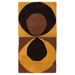 Vintage Swedish Rug. Size: 3 ft x 5 ft 5 in (0.91 m x 1.65 m)