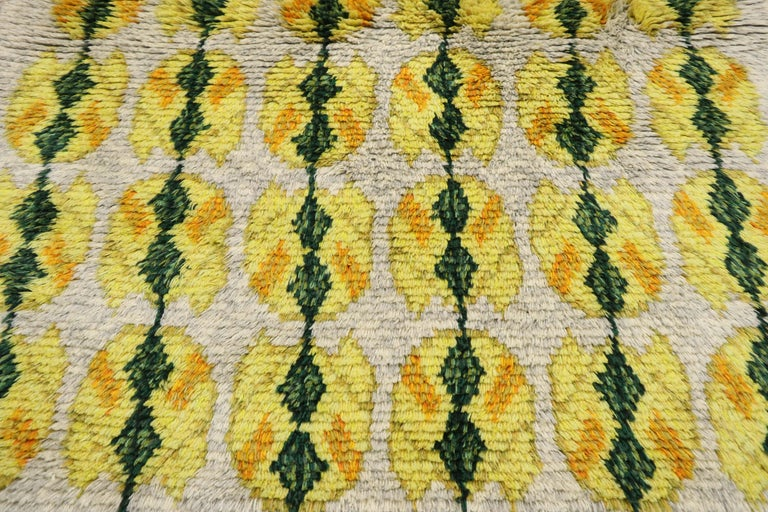20th Century Vintage Swedish Rya Shag Rug with Scandinavian Modern Style with Pop of Color For Sale