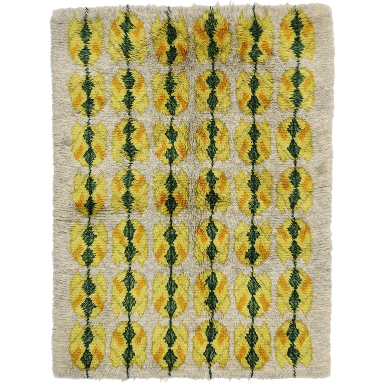 Vintage Swedish Rya Shag Rug with Scandinavian Modern Style with Pop of Color For Sale