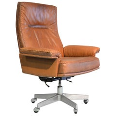 Vintage Swiss De Sede DS 35 Executive Swivel Armchair, 1960s