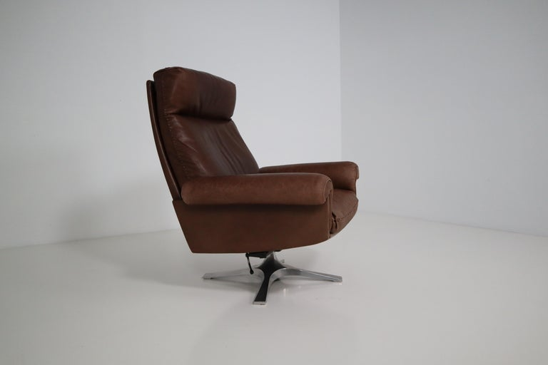 Aluminum Vintage Swiss De Sede DS 35 Executive Swivel Armchair, 1960s in Brown Leather For Sale
