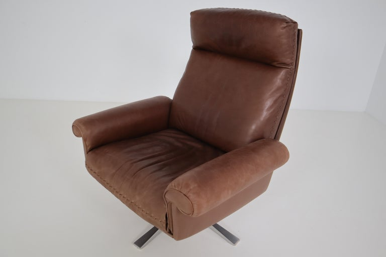 Vintage Swiss De Sede DS 35 Executive Swivel Armchair, 1960s in Brown Leather For Sale 1