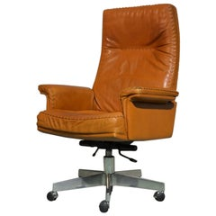 Vintage De Sede DS 35 Executive Swivel Armchair on Castors, Switzerland 1960s